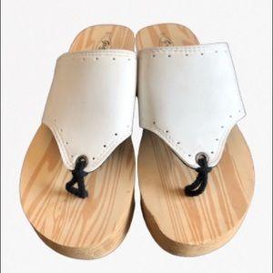 💐Grandco White Sandals Size 8